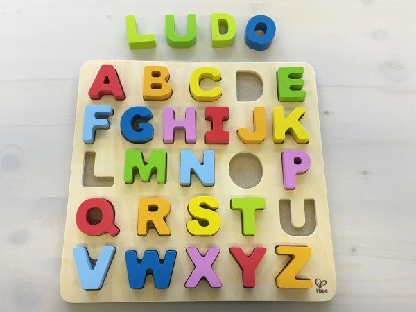 ABC Buchstaben aus Holz